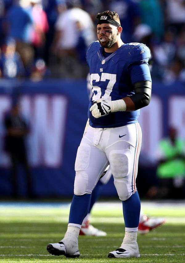 Justin Pugh of the New York Giants reacts