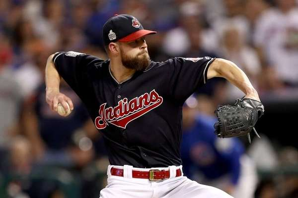 Corey Kluber #28 of the Cleveland Indians pitches