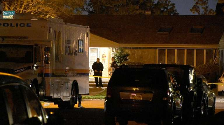 Nassau County police investigate a homicide on Seitz