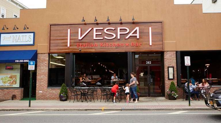 Vespa Italian Kitchen Bar In Farmingdale And More Long Island Restaurants To Try This Weekend