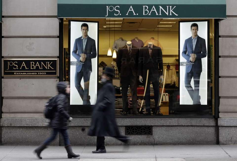 Men's clothing store Jos. A Bank has locations