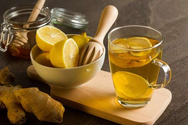 Adding ginger to lemon tea can help relieve
