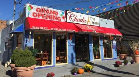 Chada Thai Bistro has opened on Old Country