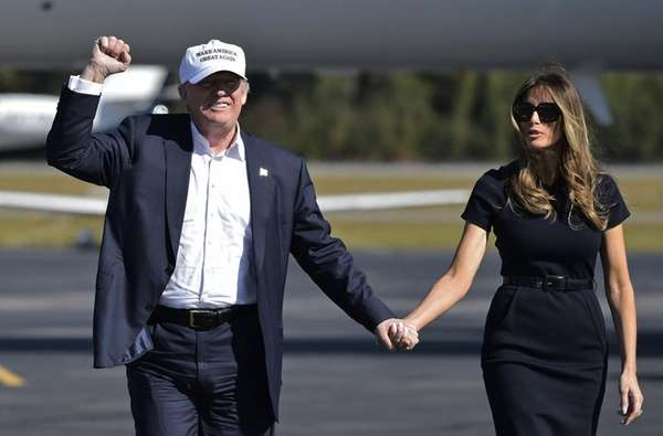 Republican presidential nominee Donald Trump and wife, Melania,