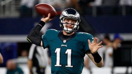 Philadelphia Eagles quarterback Carson Wentz throws a pass