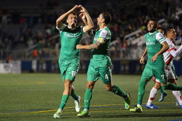 New York Cosmos midfielder Juan Arango (18) celebrates