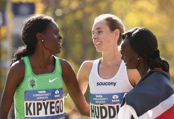 Sally Kipyego of Kenya, left, Molly Huddle of