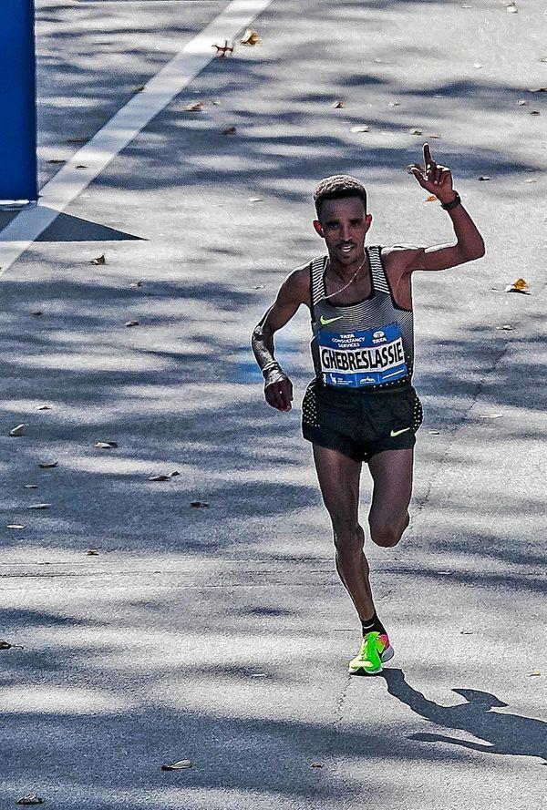 Ghirmay Ghebreslassie, the men's winner of the New