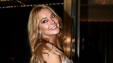 Lindsay Lohan speaks with an accent in a