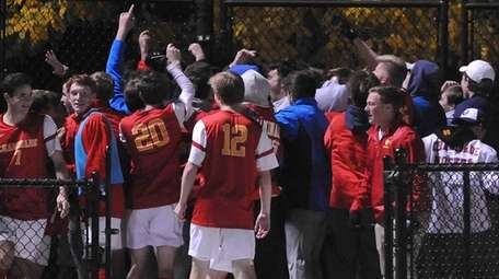 Chaminade celebrates after its 2-1 win in overtime