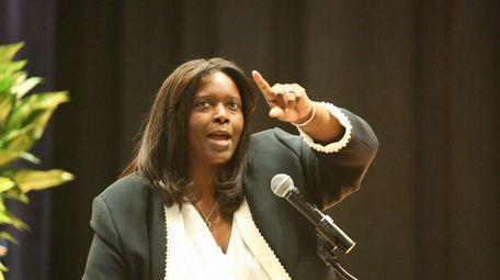 Roosevelt school Superintendent Marnie Hazelton speaks at the