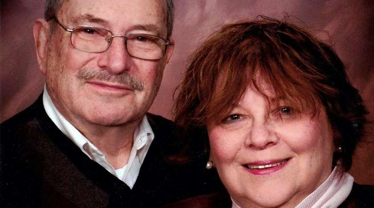Murray and Malkie Altman of West Hempstead are