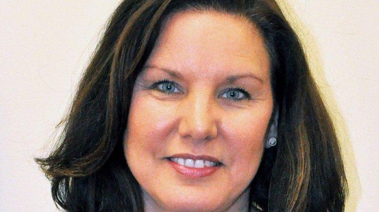 Laura Farahani, of Lloyd Harbor, has been named