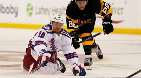 New York Rangers left wing J.T. Miller (10)