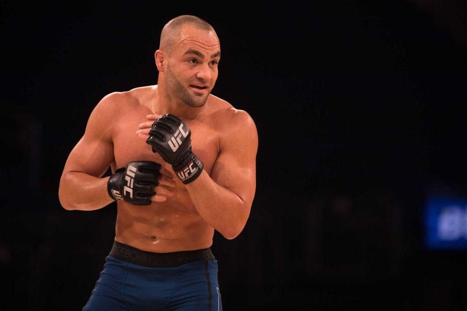 UFC lightweight champion Eddie Alvarez preps during an