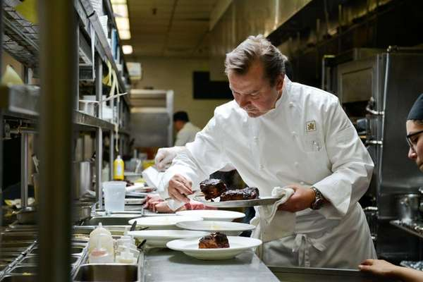 Polo Steakhouse Review New Chef Maintains High Standards At Garden City Hotel Restaurant Newsday