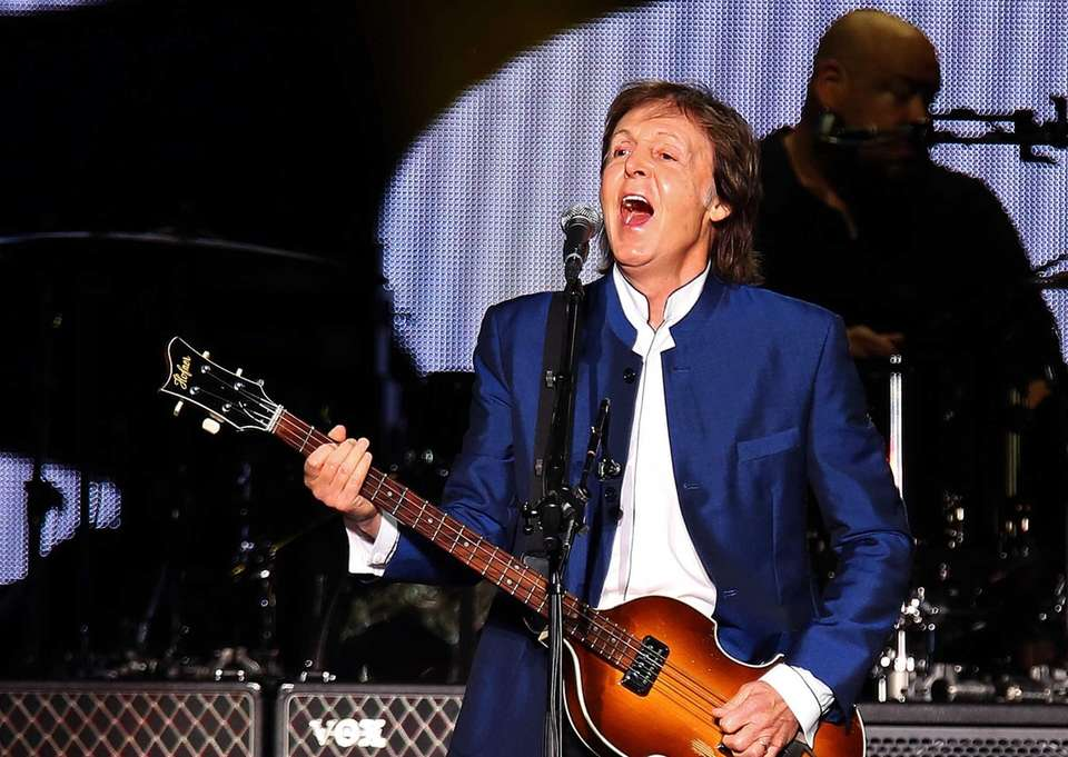 Paul McCartney sings onstage at MetLife Stadium in