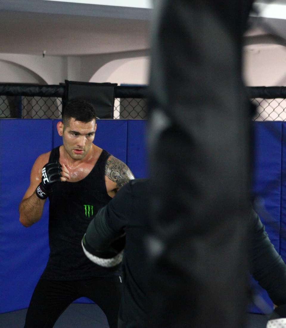 Chris Weidman works out on Nov. 9, 2016,