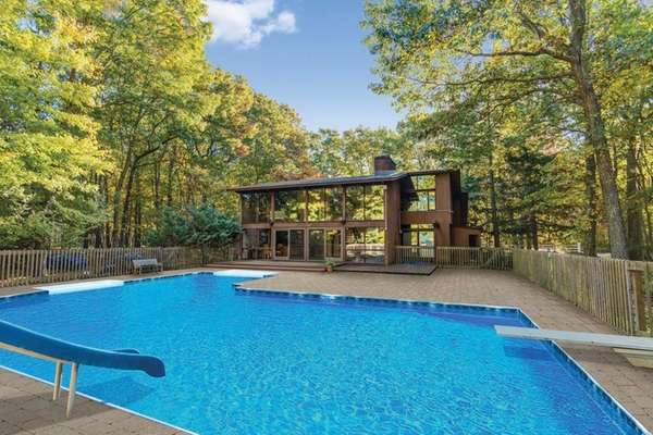 This Shelter Island deck house, listed for $925,000,