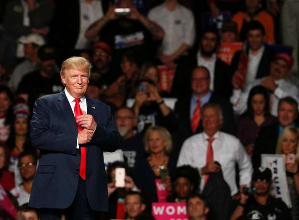 Donald Trump addresses supporters at Macomb Community College