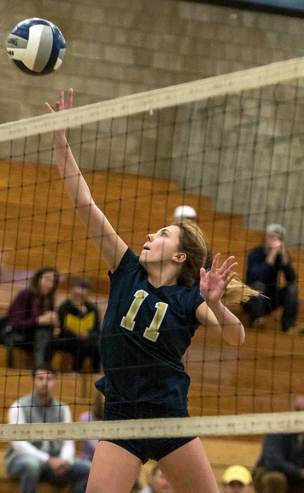 Bayport-Blue Point's Isabella Imbo (11) during the game