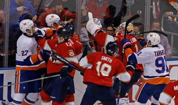 New York Islanders and Florida Panthers fight in