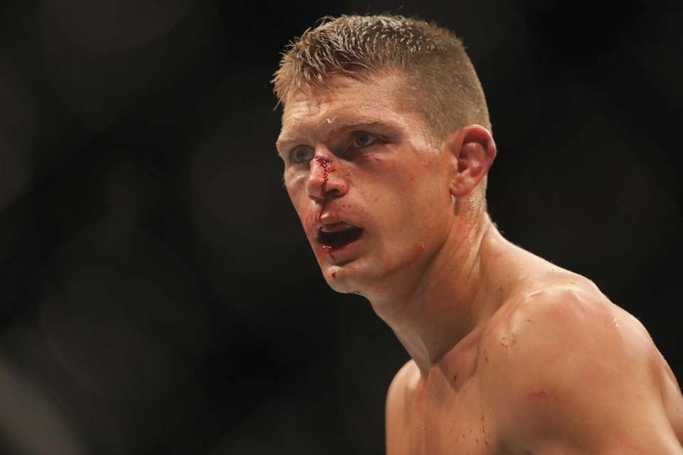 The UFC 205 bout between Stephen Thompson and