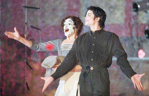 Michael Jackson and French mime Marcel Marceau clown