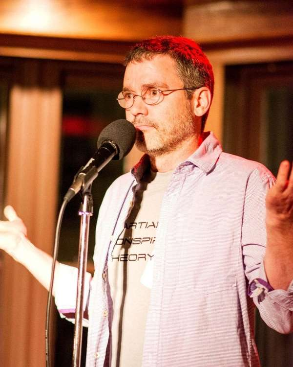 Billy Kelly will perform his family comedy show