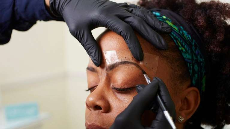 Li Salons And Boutiques Specializing In Big Beautiful Brows Newsday