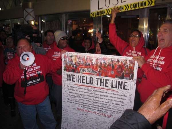 This Oct. 10, 2016 photo shows striking union