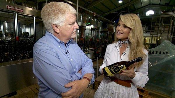 Mark Phillips interviews supermodel Christie Brinkley on