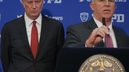 Mayor Bill de Blasio, left, and NYPD Commissioner