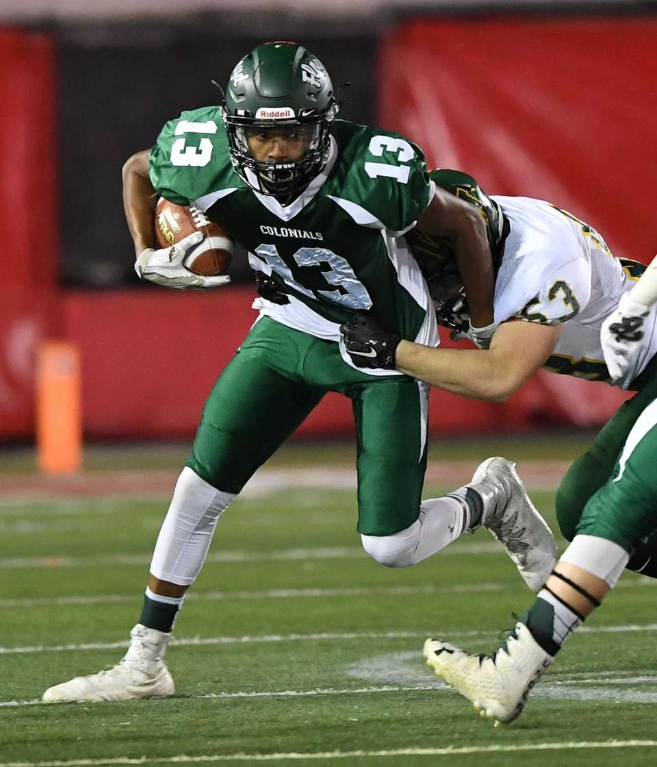 William Floyd's wide receiver AJ Ray runs the