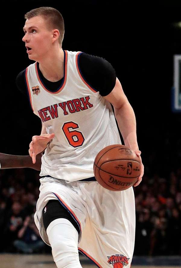 New York Knicks forward Kristaps Porzingis (6) looks