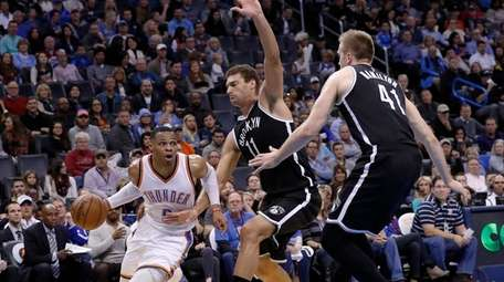 Oklahoma City Thunder guard Russell Westbrook (0) drives