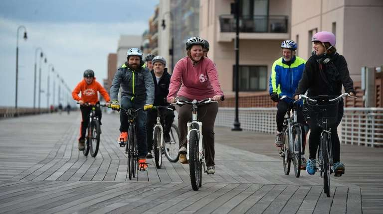 Cycling advocates take a memorial ride down the