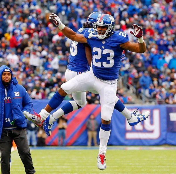 Rashad Jennings #23 of the New York Giants