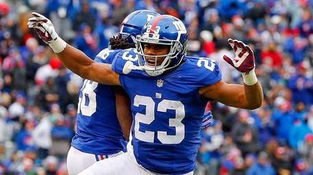 Rashad Jennings #23 of the New York Giants