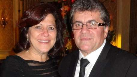 Antoinette and Vinny Iannucci of Westbury celebrated their