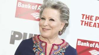 Bette Midler attends the 2016 Public Theater Gala