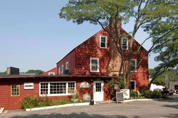 Exterior shot of the Old Mill Inn in