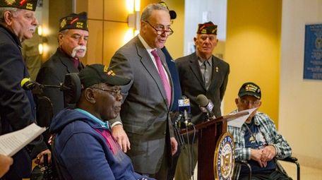 Sen. Chuck Schumer announces bipartisan legislation that would