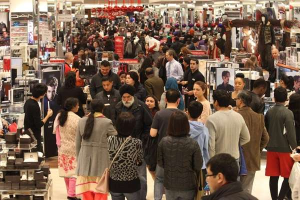 Shoppers take advantage of early sales at Macy's