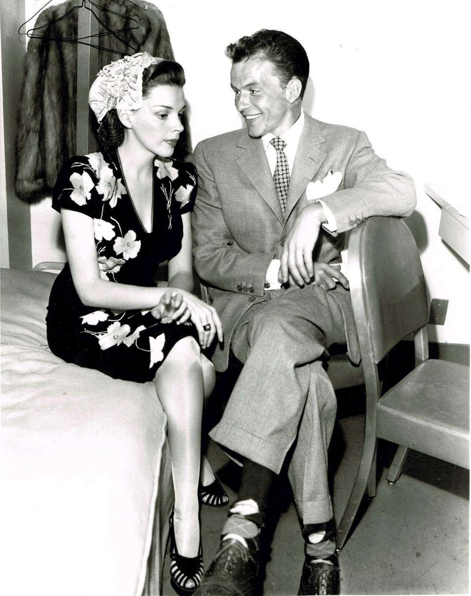 Frank Sinatra with Judy Garland in 1945.