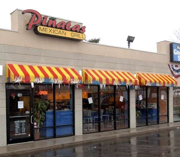 The exterior of Pinatas in Bethpage