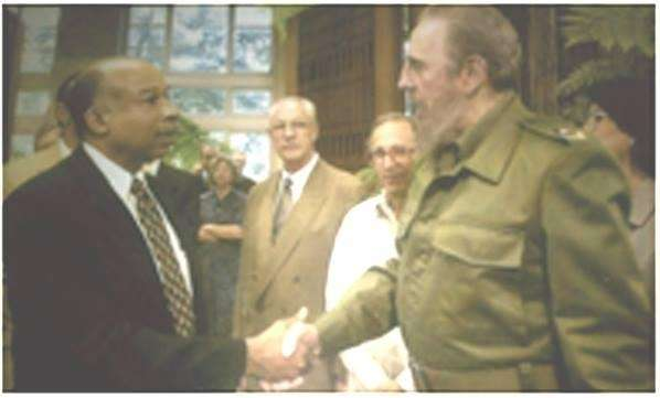 Former Newsday reporter Ron Howell met Cuban President