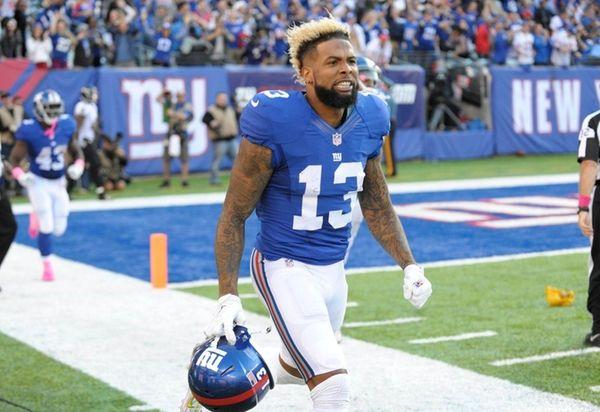 New York Giants wide receiver Odell Beckham celebrates