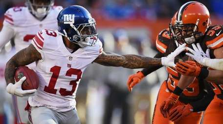 Odell Beckham of the New York Giants carries