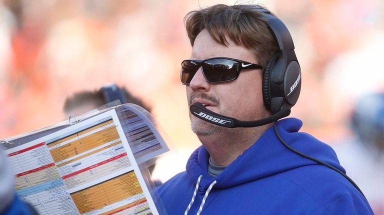 New York Giants head coach Ben McAdoo works